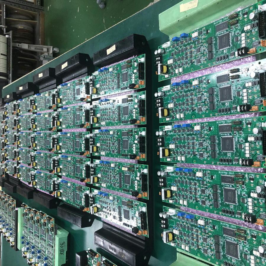 実装基板No.10158 FPGA搭載データー変換基板