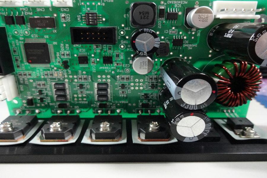実装基板10296    ペルチェ素子制御基板