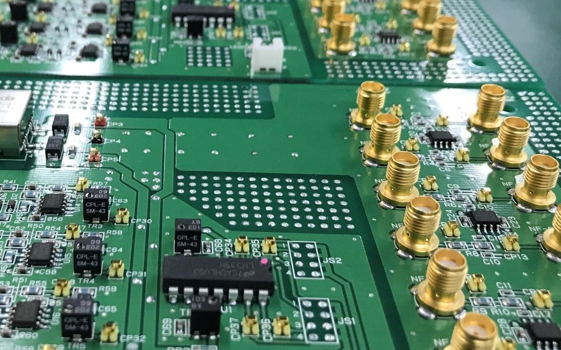 パワーアンプ回路基板