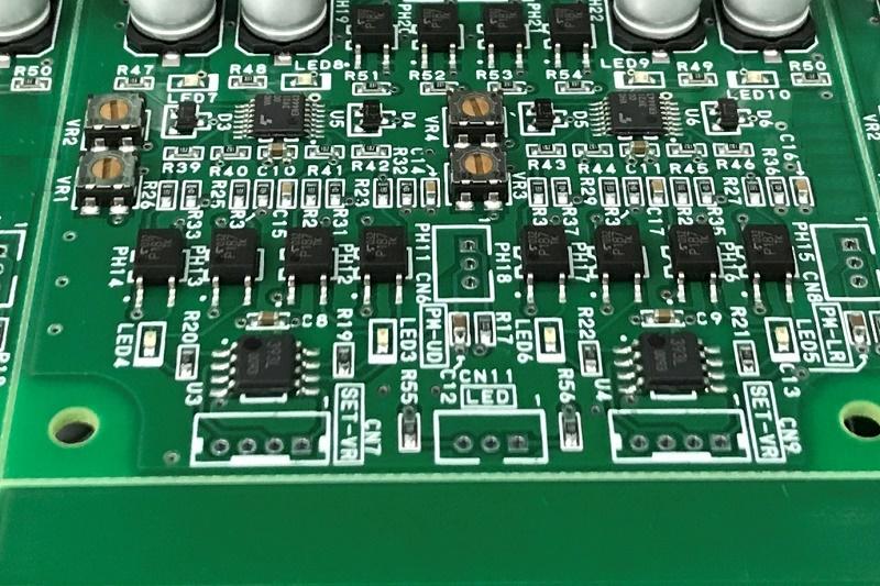 機器操作ユニット用回路基板